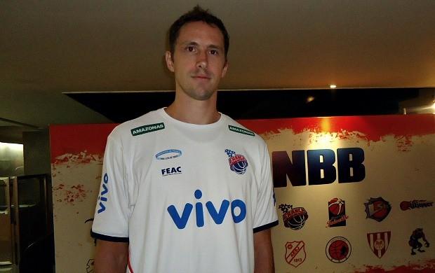 Para o ala-pivô Guilherme Teichmann, a Segunda Divisão abrirá novas oportunidades aos jogadores brasileiros (Foto: Fabrício Marques / Globoesporte.com)