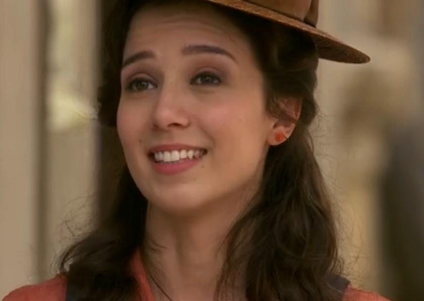 Laura será secretária em 'Lado a lado' (Foto: Reprodução)