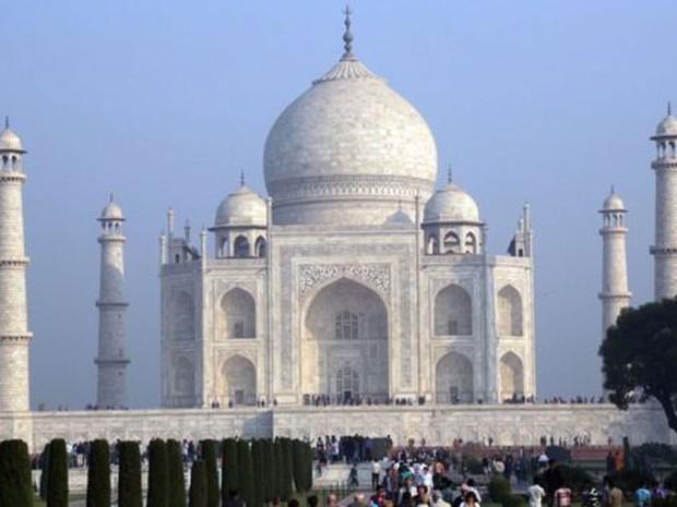 Por que o Taj Mahal está ficando esverdeado  (Foto: Reprodução/BBC)