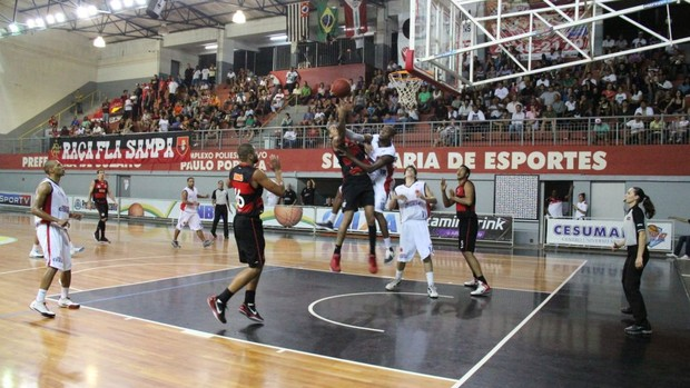 Suzano x Flamengo (Foto: Thiago Fidelix)