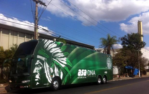 Ônibus personalizado do Guarani (Foto: Divulgação)