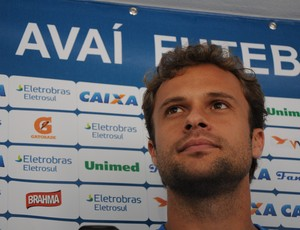 Rafael, zagueiro do Avaí (Foto: Savio Hermano / Globoesporte.com)