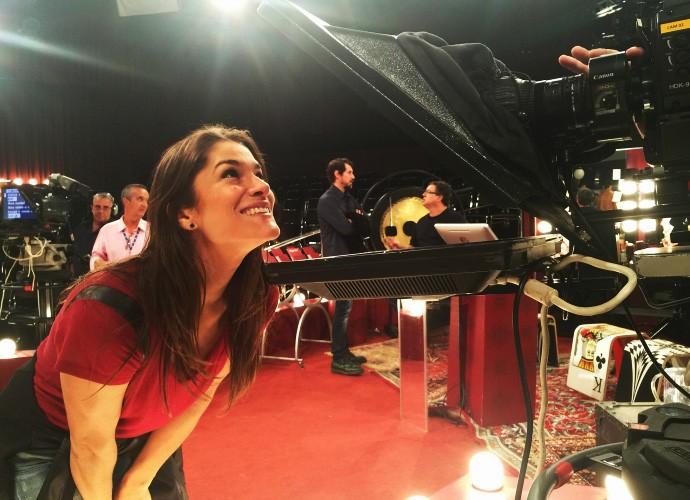 Priscila Fantin em coletiva de imprensade Tomara que Caia (Foto: Felipe Oliveira/Gshow)