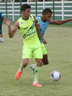 Welinton Júnior, atacante do Goiás (Foto: Rosiron Rodrigues/Goiás E.C)