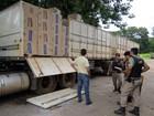 PM apreende carga de 48 mil cigarros em carreta bitrem na MG-050