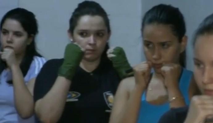 Mulheres praticam Muay-thai no Sertão da Paraíba (Foto: Reprodução / TV Paraíba)