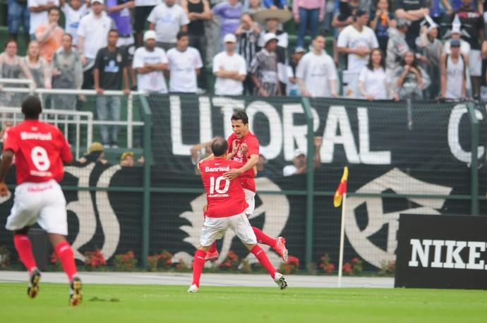 nilmar corinthians inter internacional 2009 (Foto: Alexandre Lops/Divulgação Inter)