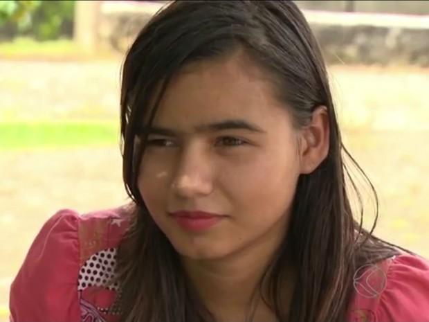 Jovem encontrada sem documentos em São João del Rei (Foto: Reprodução/ TV Integração)
