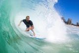 """Fanning pega tubo de mais de 15s e brinca: """"Navegando ondas e humanos"""""""