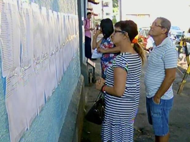 Candidatos fizeram provas em 17 escolas (Foto: Gerson Gonçalo/InterTV)