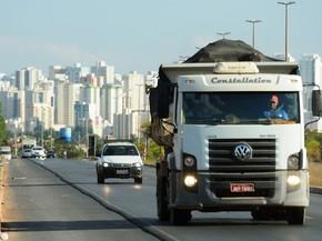 EPVL (DF-087), rodovia que passa por Vicente Pires (Foto: Pedro Ventura/Agência Brasília)