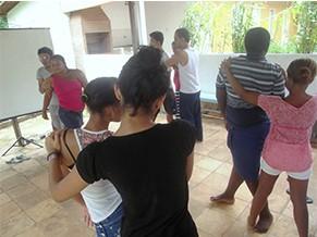 Projeto mistura dança, teatro e música (Foto: Divulgação/ Instituto Comunitária Baixada Maranhense)