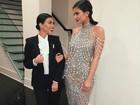 Kylie Jenner arrasa com look glamuroso em festa com as irmãs