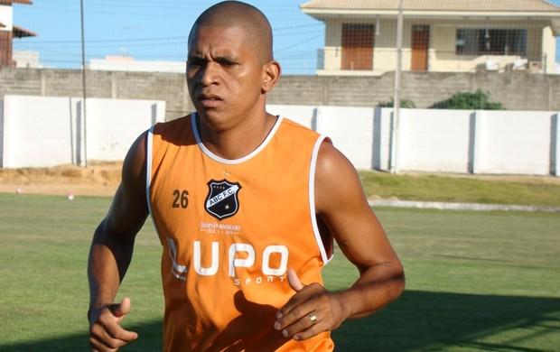 Bombinha participa de treinamento no ABC (Foto: Leonardo Pessoa/Divulgação)