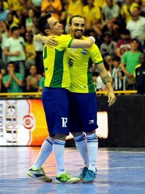 Brasil x Guatemala Grand Prix de Futsal 2015 (Foto  Ricardo Artifon   CBFS)  Diego ... 55fbfe3beccd3