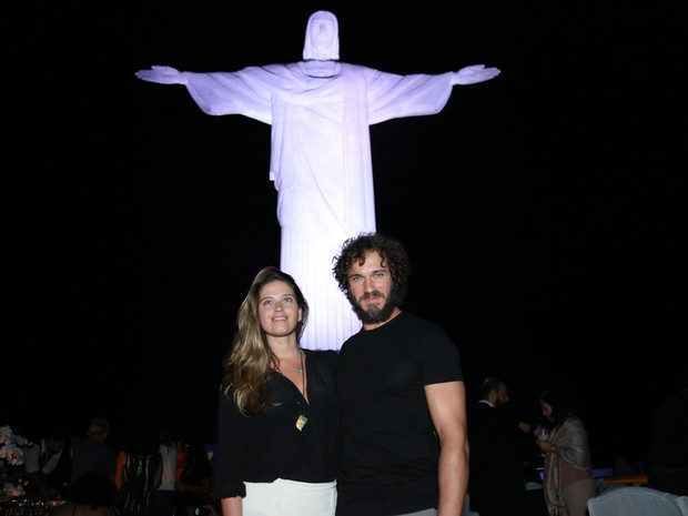 Paulo Rocha e Juliana Pereira em show na Zona Sul do Rio (Foto: Roberto Filho/ Brazil News)