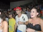 Latino vai a ensaio da Grande Rio com namorada e encontra ex