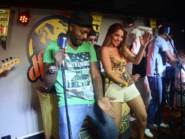 Ex-BBB Anamara em festa no Rio (Foto: Ari Kaye/ Divulgação)