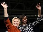 Hillary e Michelle Obama aparecem juntas em busca de apoio feminino