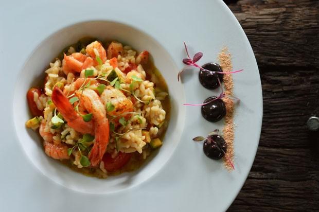 Risoto de camarão com abobrinha, tomates e cajun (Foto: Lecca Fernandes)