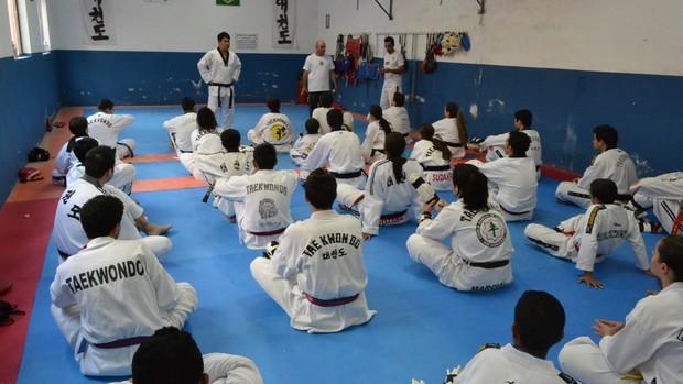Alyson Yamaguti taekwondo Suzano (Foto: Vitor Geron / Globoesporte.com)
