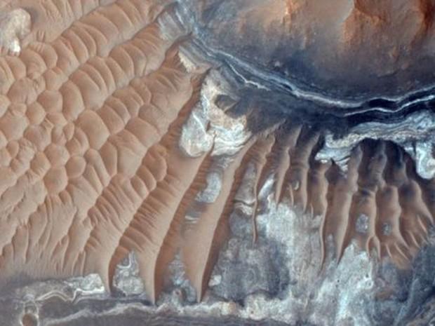 A nave Mars Reconnaissance Orbiter fotografa a superfície do planeta durante uma década.  (Foto: NASA/JPL-Caltech/University of Arizona)