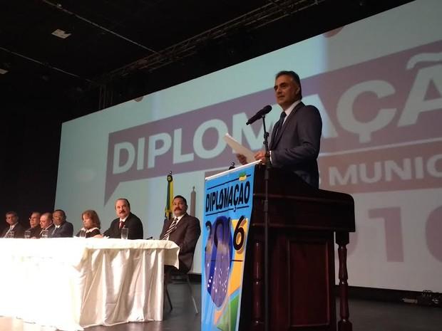 Prefeito, vice, vereadores e suplentes eleitos foram diplomados em João Pessoa (Foto: Krystine Carneiro/G1)