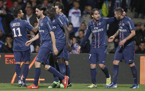 PSG comemora sobre Lyon (Foto: EFE)