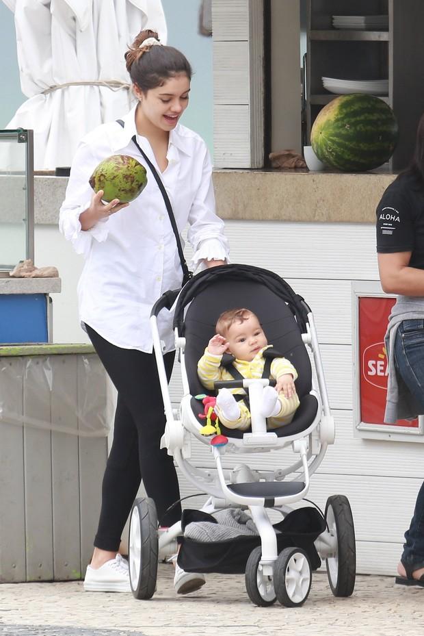 Sophie Charlotte com o filho (Foto: AgNews)