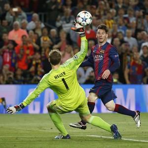 Messi gol Barcelona x Bayern (Foto: Reuters)