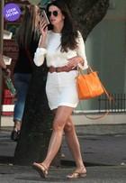 Look do dia: Lisandra Souto usa vestido curtinho e bolsa de R$ 5 mil