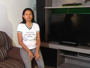 Maria Teresa pediu desligamento do Bolsa Família depois de virar professora (Foto: Clarissa Carramilo/G1)