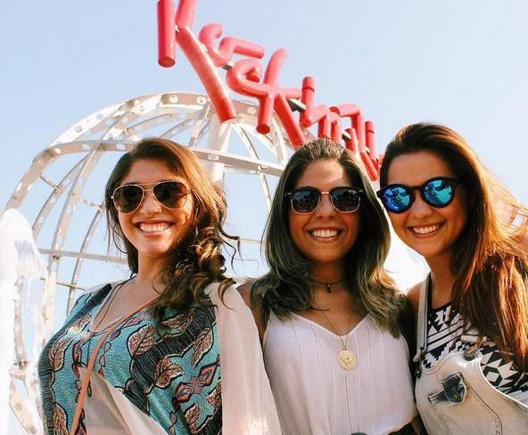 Polliana curtiu o primeiro fim de semana de festival com as amigas (Foto: Arquivo Pessoal)