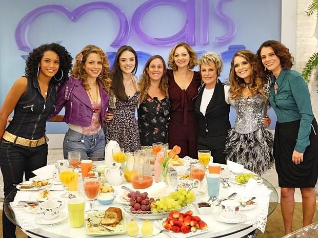 Ana Maria Braga gravação (Foto: Cheias de Charme/ TV Globo)
