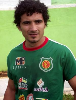 Nicolas, lateral paraguaio do Barretos (Foto: Roberto José / Barretos EC)
