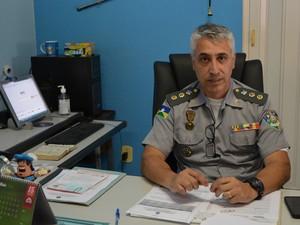 Comandante do 4º Batalhão da PM, Paulo Sityá (Foto: Magda Olveira/ G1)