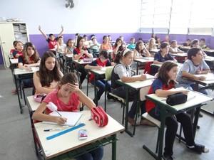 Projeto treina alunos para conseguir medalhas em olimpíadas de conhecimentos e bolsas em escolas particulares (Foto: Therezinha Lopes/Arquivo Pessoal)