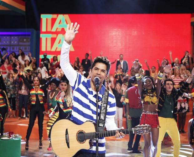 O músico Alexandre Carlo em participação no Esquenta (Foto: João Januário/TV Globo)