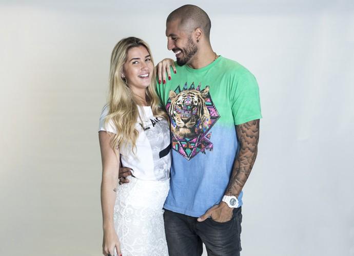 Aline e Fernando em ensaio que fizeram para o Gshow (Foto: Ellen Soares / Gshow)