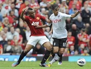 Anderson em ação pelo Manchester United diante do Fulham (Foto: EFE)