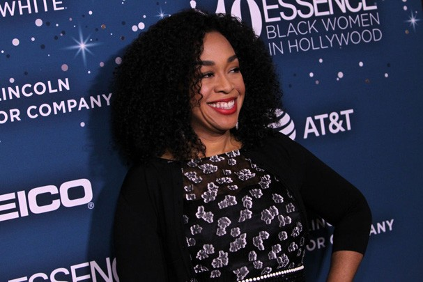 "Shonda Rhimes, criadora de ""Grey's Anatomy"" e destruidora de corações do público (Foto: Getty Images)"