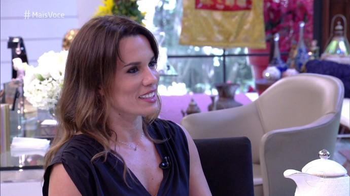 Paula Pires ensina como começar bem o novo ano (Foto: TV Globo)