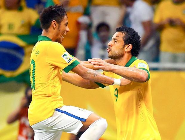 Neymar Fred comemoração Brasil jogo Itália (Foto  ... aeace306e2500