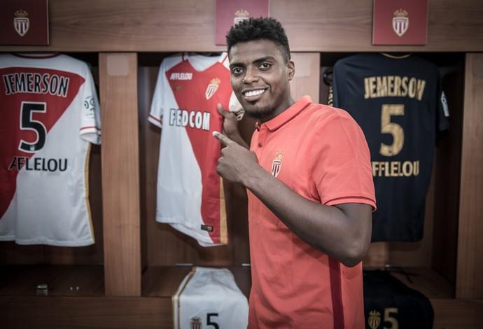 Zagueiro Jemerson é apresentado como reforço do Monaco (Foto: Divulgação/AS Monaco)