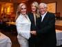 Ticiane Pinheiro prestigia festa pelos 50 anos de casados dos pais dela