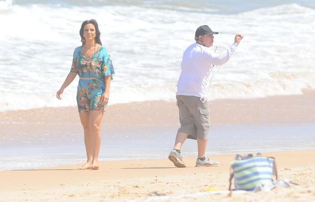 Ivete Sangalo em gravação na praia do Forte, Salvador (Foto: Francisco Cepeda / AgNews)