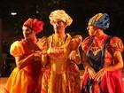 Grupo de teatro apresenta espetáculo em duas praças na Grande Cuiabá