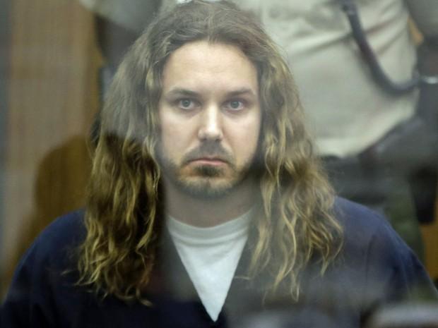 Tim Lambesis, vocalista do As I Lay Dying, compareceu ao tribunal de San Diego, na Califórnia, em maio de 2013 (Foto: REUTERS/Lenny Ignelzi/Pool/Files)