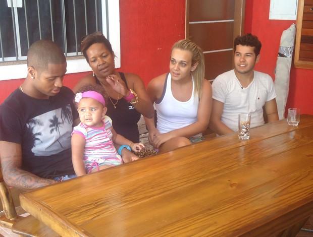 Dede na sua casa em Volta Redonda (Foto: Thiago Fernandes / Globoesporte.com)