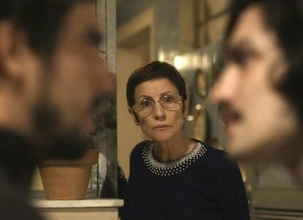 Vera flagra briga de Gustavo e Renato por causa de Rimena
